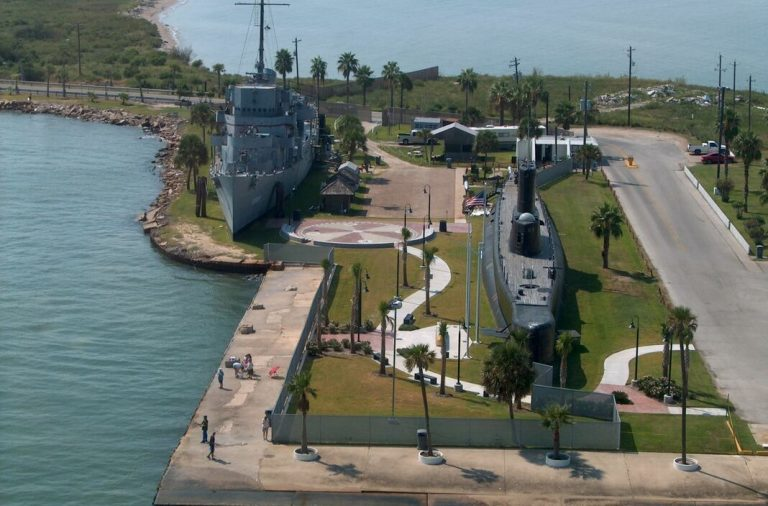 Feel and Learn the History of US Navy Officials by Visiting Seawolf Park